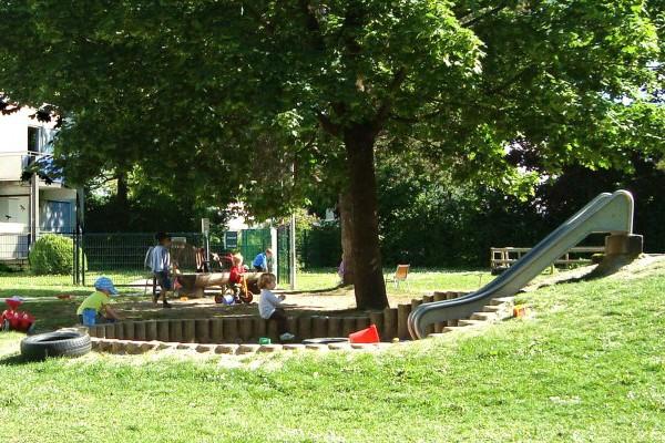 Kindergarten und Krippe Muenchen Garching Garten