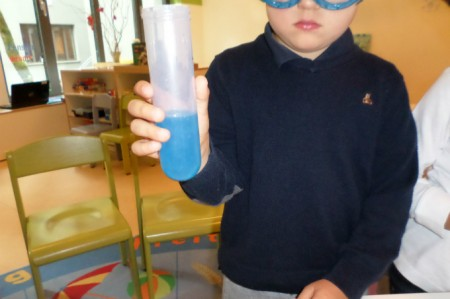 Kindergarten Biederstein Farbexperimente