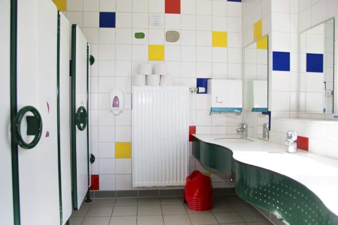 Kinderkrippe und Kindergarten Muenchen Garching Sanitäranlage
