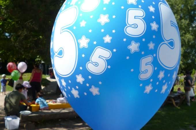 Kinderkrippe Kindergarten Garching Sommerfest Luftballon