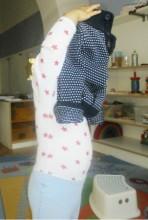 Pullover anziehen Kinderkrippe Schwabing