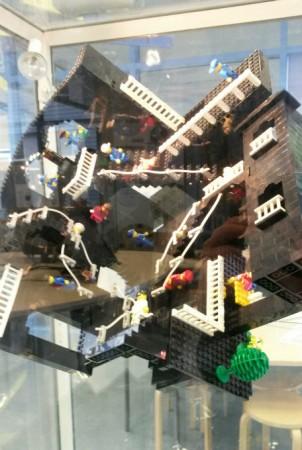 Schulhuepfer Garching Mathe Haus von Escher