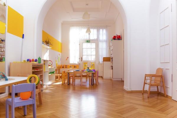 Kinderkrippe Muenchen Schwabing helle Räume